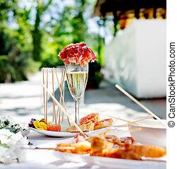 でき事, 食物, シャンペン, catering., celebrations., 屋外, 薄く切られたハム, トースト