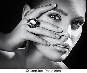 とても, 女, ファッション, 宝石類, decorations.