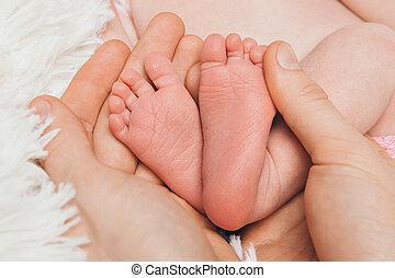 の上, フィート, 背景, 赤ん坊, 終わり, 白