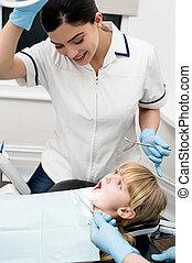 の上, 準備ができた, 歯医者の, 点検, 子供
