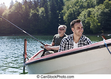 の間, キャンプ 旅行, 家族釣