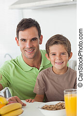 の間, 肖像画, 父, 朝食, 息子