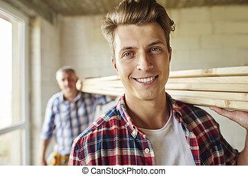 もう1(つ・人), 打撃, の, 大工, 届く, 木製の板