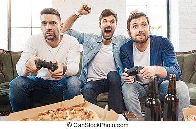 よい, 男性, 見る, ゲーム, ビデオ, 遊び, すてきである