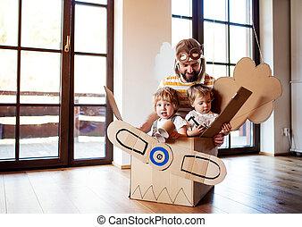 よちよち歩きの子, 父, chidlren, 飛行機, 屋内, カートン, home., 遊び