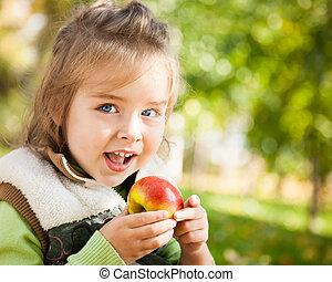 りんごを食べること, 子供
