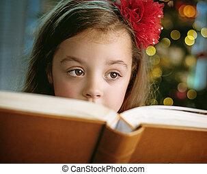 わずかしか, かわいい, 本, クローズアップ, 肖像画, 女の子の読書