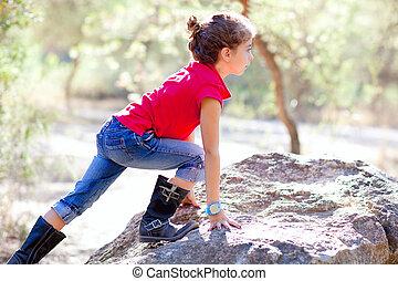 わずかしか, ハイキング, 森林, ロッククライミング, 女の子