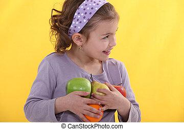 わずかしか, フルである, 彼女, 腕, 女の子, fruits.