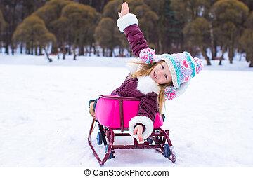 わずかしか, 冬の休暇, 楽しい時を 過しなさい, の間, 女の子, 愛らしい, 幸せ