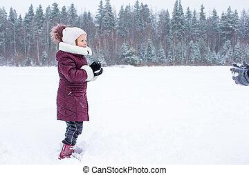 わずかしか, 冬, 屋外で, 女の子, 日, 幸せ