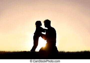 わずかしか, 彼の, シルエット, 父, 日没, 子供, 微笑, 遊び, 幸せ