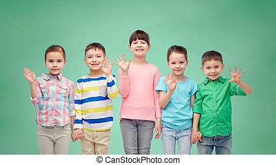 わずかしか, 手を持つ, 微笑, 子供, 幸せ