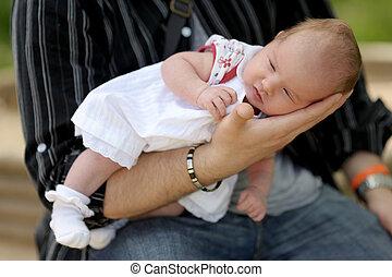 わずかしか, 手, 生まれたての赤ん坊, 父