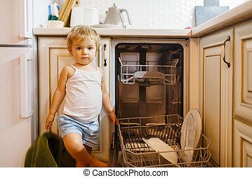 わずかしか, 洗浄, 女の子, 皿, 台所
