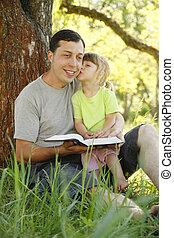わずかしか, 父, 聖書, 娘, 彼の, 読む