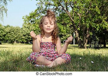 わずかしか, 瞑想する, 女の子, 自然