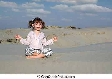 わずかしか, 瞑想する, 砂漠, 女の子