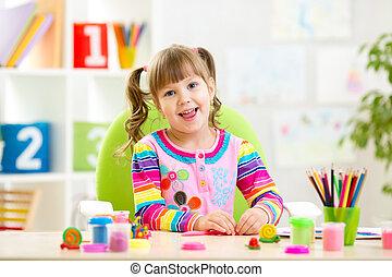 わずかしか, 粘土, 遊び, カラフルである, 子供