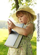 わずかしか, 聖書, 読書, 女の子, 自然