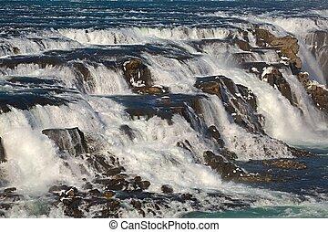 アイスランド, 滝