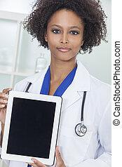 アフリカ系アメリカ人の女性, 医者, ∥で∥, タブレット, コンピュータ