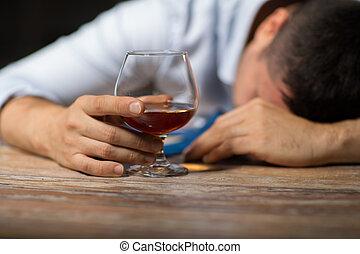 アルコール, 酔った, ガラス, 夜テーブル, 人