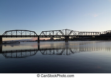 アレクサンドラ, オタワ, 橋
