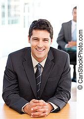 インタビュー, の間, 同僚, ビジネスマン, 幸せ