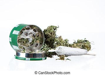 インド大麻の植物, マリファナ, 乾かされた