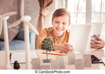 エコロジー, 勉強, 間, 楽しむ, 驚かせること, 生徒, 微笑, 感じ