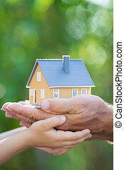 エコロジー, 家, 中に, 手