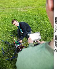 エンジニア, 上に働く, uav, ヘリコプター, ∥において∥, 公園