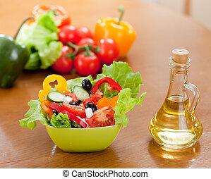 オイル, ひまわり, サラダ, 木製である, ギリシャ語, びん, 野菜, テーブル