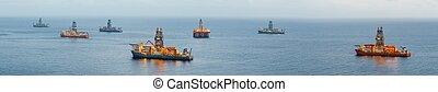 オイル, パノラマである, 沖合いに, 光景, プラットホーム, drillship, ガス, 明り