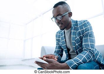 オフィス, タブレット, モデル, 待つこと, ビジネスマン, デジタル, 使うこと, 部屋