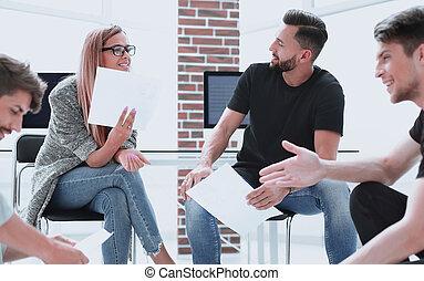 オフィス, ビジネス 人々, 論じる, 若い, プロジェクト, 新しい, ミーティング
