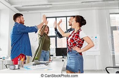 オフィス, 創造的, 高い 5, チーム, 作成, 幸せ