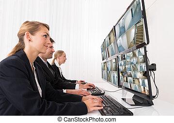 オペレーター, cctv, システム, 見る, セキュリティー, フィート数