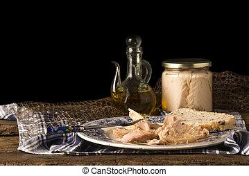 オリーブ, 缶詰にされる, マグロ, オイル