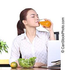 オレンジジュース, 飲むこと, 女, アジア人