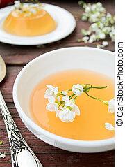 オレンジ, ゼリー, ∥で∥, 白い花, 上に, 木製である, 背景