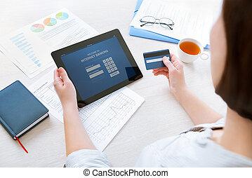 オンラインの銀行業務, インターネット
