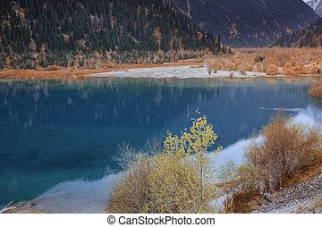 カナダ, moraine 湖