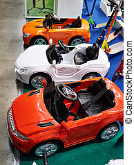 カラフルである, 自動車, 中に, おもちゃ屋