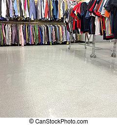カラフルである, 衣服, 販売 のため, 中に, a, 2番目の手, 店