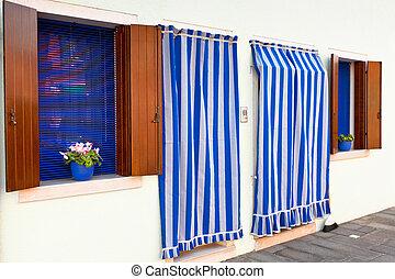 カーテン, しまのある, 白, 壁