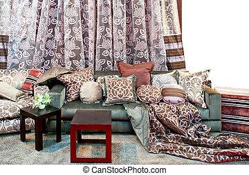 カーテン, 枕