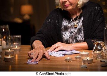 カード, 寄付