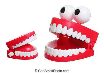 ガチガチ鳴っている歯